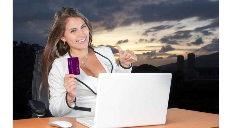 How to use Lane Bryant Credit Card, Applying and Advantage's » TRONZI